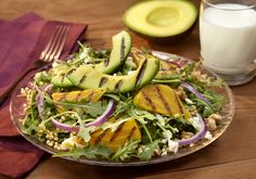 Make Half Your Plate Fruits & Veggies Grilled avocado slices and golden or Chioggia beets atop fresh arugula, goat cheese and walnuts drizzled with le… Grilled Avocado, Grilled Fruit, Grilled Vegetables, Grilled Meat, Fruits And Veggies, Beet Salad Recipes, How To Cook Beef, Heart Healthy Recipes, Healthy Meals
