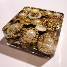 Resin Crafts: The Deep Pour - Or Why You Need Polyester Casting Resin Part FIVE - The Paper Weight I Love!
