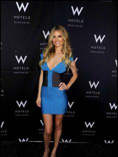 Vestido bandage é sucesso entre as celebridades. Para saber mais acesse: http://vestidocurto.org/vestido-bandage-e-sucesso-entre-as-celebridades/