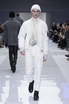 Look 12 - #Versace Men's Fall/Winter 2016 fashion show. #VersaceMenswear