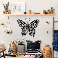Butterfly metal wall art is one of the most elegant design made by metal. Feel the peace of butterfly wings on your walls. Metal Butterfly Wall Art, Butterfly Wings, Metal Wall Art, Kidsroom, Wall Art Decor, Travel Inspiration, Elegant Designs, Woodworking, Throw Pillows