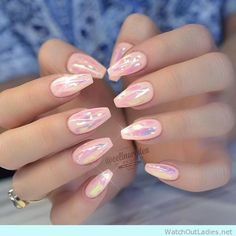 Coffin nails with hologram effect