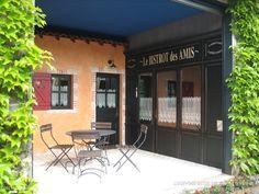 Le Bistrot des Amis, Gîtes de France 4 épis en Vendée, à 30 km du Puy du Fou, La Demeure des Marronniers - Côté Maison