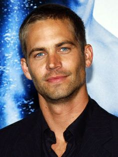 Paul Walker going to miss this handsome face! His death hurts my heart! Actor Paul Walker, Paul Walker Hot, Pretty People, Beautiful People, All American Boy, Actrices Hollywood, Hommes Sexy, Gorgeous Men, He's Beautiful