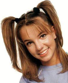 Resultado de imagen para britney spears hairstyles 90s