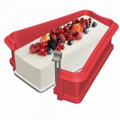 Lekue Silicone Springform Loaf Pan Giveaway.The deadline to enter is September 4th, 2016 at 11:59:59 p.m. Eastern Time.