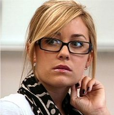 Love her hair, glasses, and whole outfit in this episode of The Hills