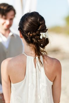 #Hair | Messy Updo - Perfect for a #Beach Wedding | Photography #ABritandABlonde | See the wedding on SMP: http://www.StyleMePretty.com/destination-weddings/2014/01/09/costa-rica-destination-wedding/