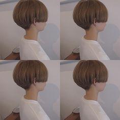 いいね!279件、コメント3件 ― TADAKATSU ISOBEさん(@isobe0202)のInstagramアカウント: 「お客様✂︎✂︎short mash マッシュとショートのちょうど中間💐 . . 頭の形がキレイになる#3Dボブ #people_aoyama #people_isobe…」 Cute Bob Haircuts, Best Short Haircuts, Short Hair Cuts, Short Hair Styles, About Hair, Easy Hairstyles, Pixie, Hair Beauty, Black And White