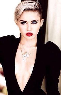 """Miley Cyrus definitely isn't afraid to try new looks. She's a Chloe for sure. """"Forget the haters because somebody loves ya."""""""