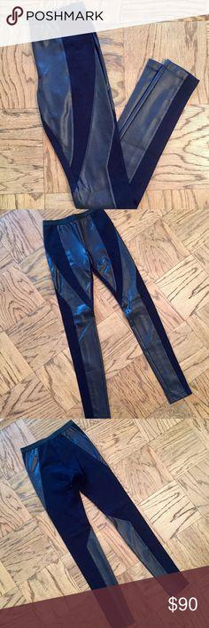 BCBGMaxAzria Aaric combo leggings In perfect condition! Contrast faux-leather panel leggings with elastic waist. Super comfortable and flattering. BCBGMaxAzria Pants Leggings