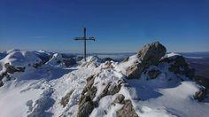 Piatok Na parádu  krásne počasie  #praveslovenske od @michalbalzer  Sólo zimní přechod kriváňské části MALÉ FATRY   Malá Fatra a hora Velký Rozsutec vrchol