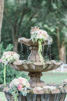 Decorate the Fountain | Enchanted Woodland Wedding Decor