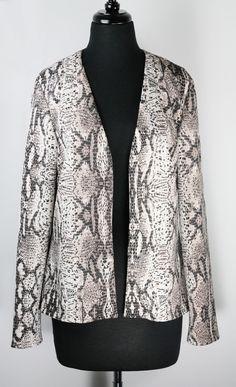 Janet Deleuse Couture Outerwear www.deleuse.com