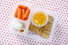We love this school lunch idea! It's easy to make and really healthy! http://www.rewards4mom.com/easy-fast-school-lunch-ideas/