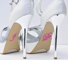 Unik Occasions - Pearl I Do Wedding Shoe Stickers - Fuchsia