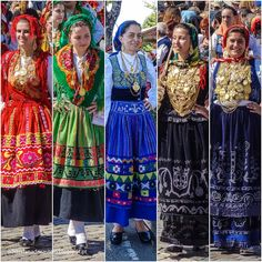 Folk Costume, Costume Dress, Traditional Fashion, Traditional Dresses, History Of Portugal, Portuguese Culture, Costumes Around The World, Visit Portugal, Drawing Clothes