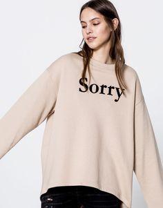 Pull&Bear - mujer - ropa - sudaderas - sudadera oversize texto sorry - arena - 09590347-I2016