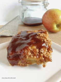 Paleo Caramel Apple Pie Bars - www.cleaneatingwithadirtymind.com  sub honey for coconut sugar...could use scd yogurt instead of coconut milk
