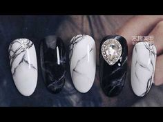 【Watchnail Teach Me-637th phase】Classic Black&White Blooming Nails【窝趣美甲你求窝教-第637期】经典黑白色系晕染.mp4 - YouTube