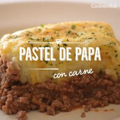 Pastel de papa con carne Enjoy a delicious and very easy to prepare dish! Beef Recipes, Mexican Food Recipes, Cooking Recipes, Healthy Recipes, Oven Cooking, Gammon Recipes, Cooking Steak, Cooking Hacks, Food Porn