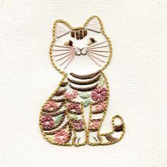 紙刺繍・ねこ  桜満開の週末ですが、残念なお天気です。  #紙刺繍 #刺繍#ハンドメイド #paperembroidery  #embroidery