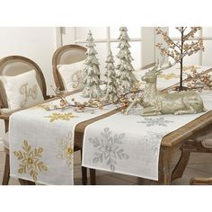 Fennco Styles Holiday Nivalis Collection Snowflake Design Table Runner -3 Colors #FenncoStylescom