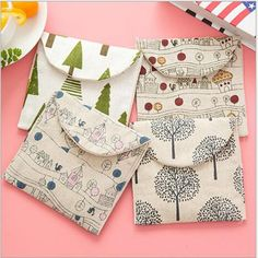 Cute Cartoon Cotton Pads To Receive Fresh Sanitary Napkin Bags Zero Wallet Storage bag Organizer Sanitary Towels, Sanitary Napkin, Purse Storage, Christmas Bags, Christmas Tree, Fabric Bags, Cotton Pads, Easy Sewing Projects, Bag Organization