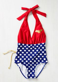 Lasso some truly stellar style by snatching this Wonder Woman-themed one piece! Featuring a showstopping halter neckline, a gold lamé lace-up back, and a classic American flag design, this bombastic beachwear keeps your secret identity safely hidden within it's super style.