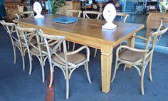 Stof Lar Decorações - Móveis em Madeira de Demolição: - Mesa Retangular de 3,0m com 10 cadeiras Paris