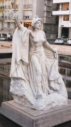 Estatuas de Lola Mora, Monumento a la Bandera, Rosario, Argentina