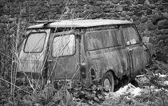 Mini Van. http://www.restaurandounmini.com