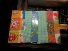 kuzetes: Porta tarjetas y libro de salut infantil