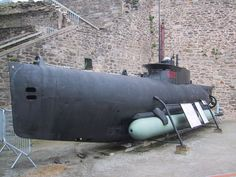 """S622 french small submarine, """"Seehund"""" type (german origin), exposed in the Musée national de la Marine in Brest, France."""