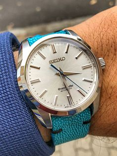 Grand Seiko Sale! Up to 75% OFF! Shop at Stylizio for women's and men's designer handbags, luxury sunglasses, watches, jewelry, purses, wallets, clothes, underwear