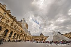 The vicinity of Louvre Museum