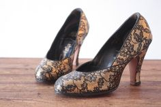 1940's gold and black satin lace pumps