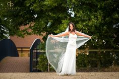 #StunningBride #Bride #WeddingDress #WeddingVeil #Veil #BridgeBarn