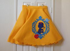 Disney's Snow White Felt Circle Skirt by DailySparkle on Etsy Princess Inspired Outfits, Disney Inspired Fashion, Disney Fashion, Princess Dresses, Disney Costumes, Disney Outfits, Disney Clothes, Pretty Outfits, Cool Outfits