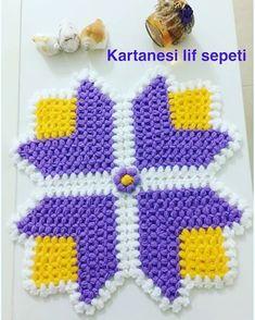 Hayırlı pazarlar herkese 🤗 Tasarım sahibi @orgu_gunlugum_youtube  Sipariş için dm💌 #haftasonu #tesetturgelinlik #emek #gelinbohcasi… Cute Crochet, Crochet Baby, Lucet, Crochet Granny, Loom Knitting, Crochet Flowers, Crochet Projects, Elsa, Free Pattern
