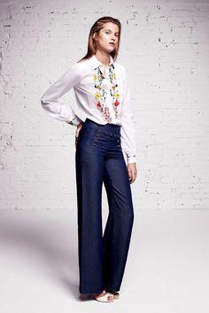 Sfilata Blumarine Milano - Pre-collezioni Primavera Estate 2016 - Vogue