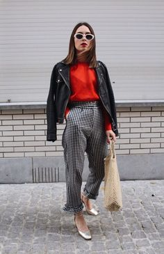 work outfits ideas with gingham pants that look elegant 27 Fashion Mode, Work Fashion, Fashion Looks, Womens Fashion, Curvy Fashion, Street Fashion, Office Fashion, Fashion 2018, Petite Fashion