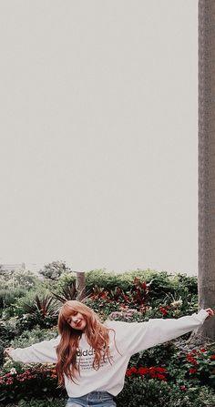 Lisa Blackpink Wallpaper, Lisa Bp, Blackpink Memes, Black Pink Kpop, Arte Disney, Blackpink Photos, Jennie Blackpink, Blackpink Jisoo, Melanie Martinez