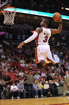 Flash to the hoop! #D-Wade #Slam_Dunk #Lift_Off