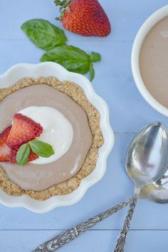 Almost Raw Mini Chocolate Cream Pies