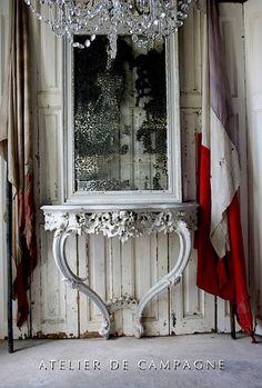 Commémoration du 8 mai 1945 : du drapeau français dans la déco !