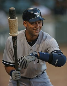 Derek Jeter Photo - New York Yankees v Chicago White Sox