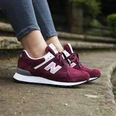 Trendy Sneakers 2018 : Sneakers femme – New Balance 576 (©hypedc Sneaker Outfits, Converse Sneaker, Nike Cortez, New Balance Sneaker Damen, New Balance Shoes, New Balance Women, New Balance 574, Basket 2017, Running Shoes