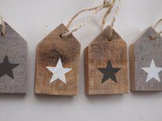 Wis en Waarachtig: Sloophouten huisjes met ster. Cijfers erop voor adventskalender