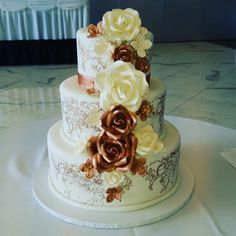 Rose gold and Ivory Wedding Cake Rose Stenciling